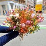 entrega-ramos-secos-floristeria-barcelona