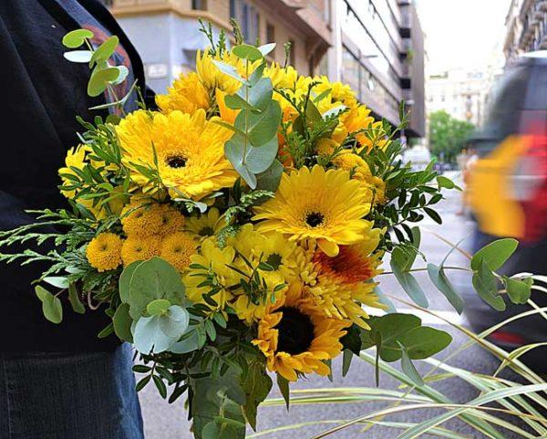 flores-amarillas-barcelona