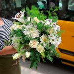 ramo-flores-blancas-variadas