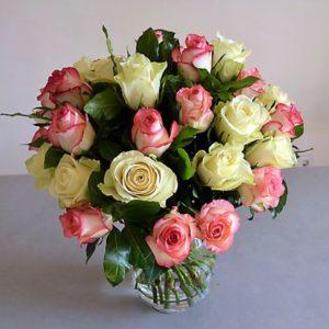 rosas pastel blancas rosa