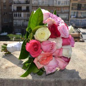 ramo-novia-rosas-variadas