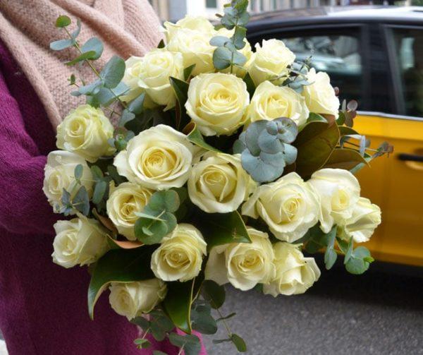 rosas-blancas-domicilio-barcelona