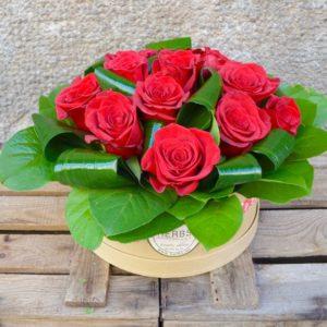 caja-sombrero-rosas
