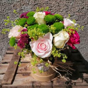sombrerera-con-flores
