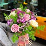 ramo-alliums-rosas-blancas